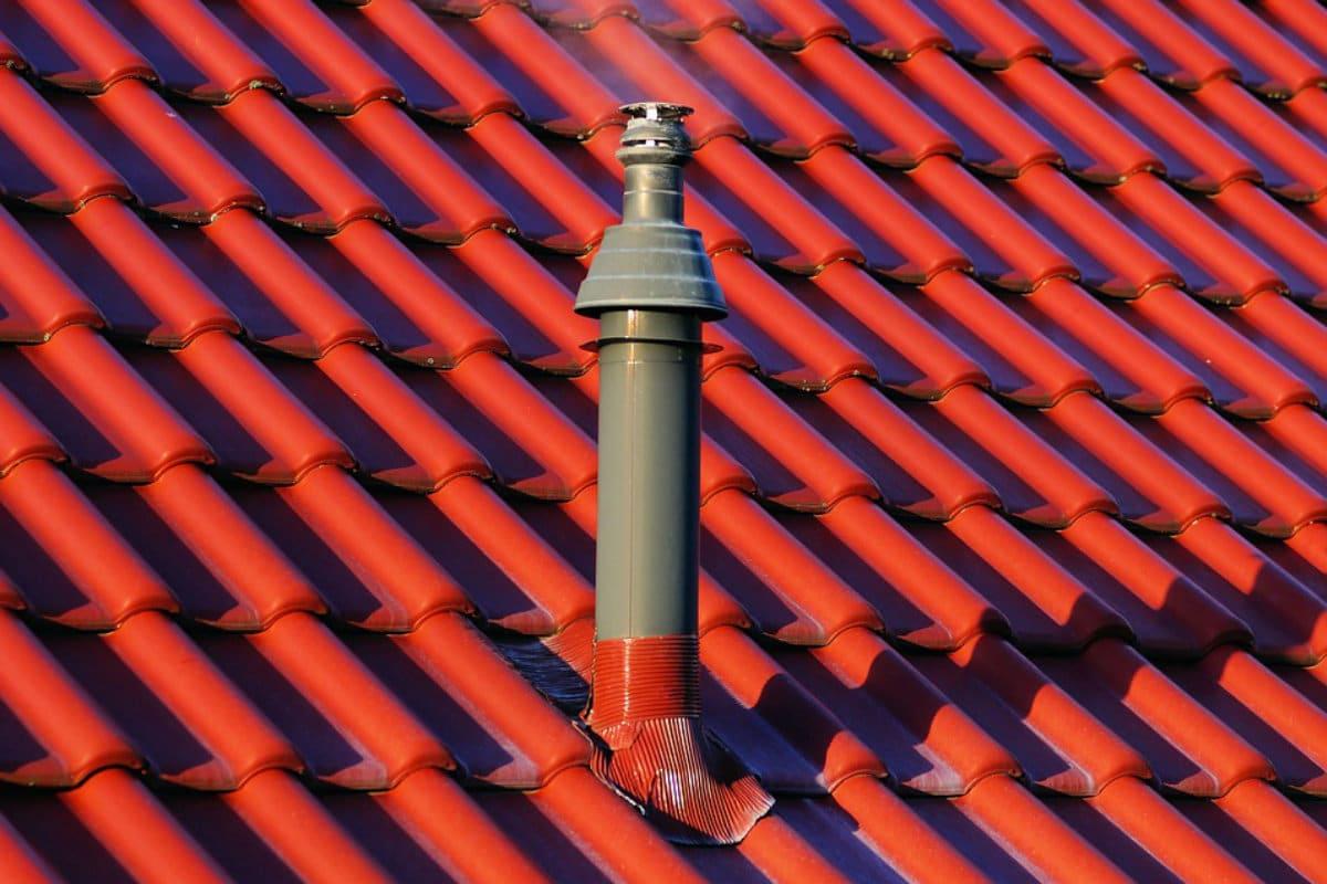 keramische dakpannen rood