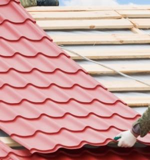 montage van dakpanplaten